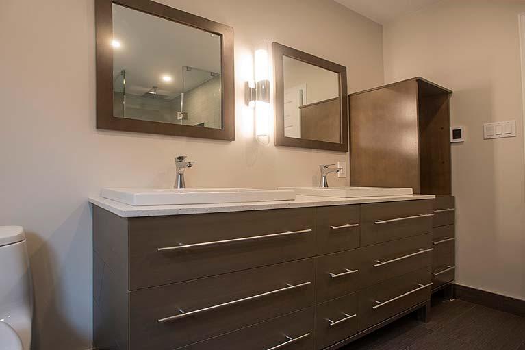 Aurora-Bathroom-1